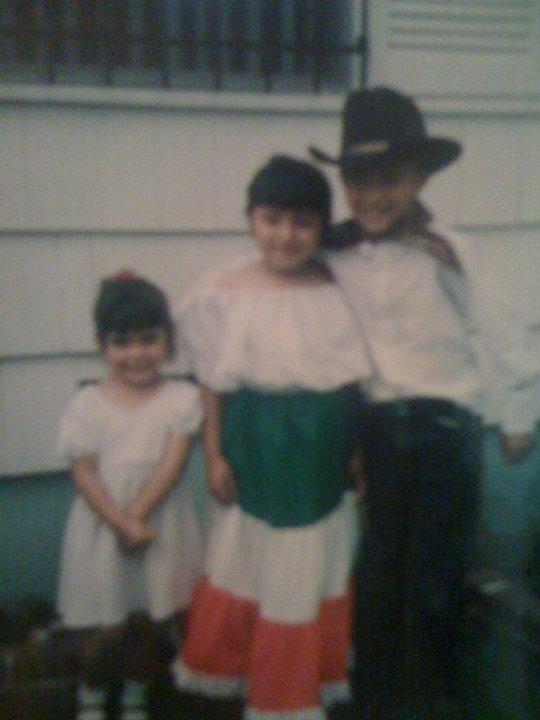 The author with two cousins before the Cinco de Mayo parade, 1998