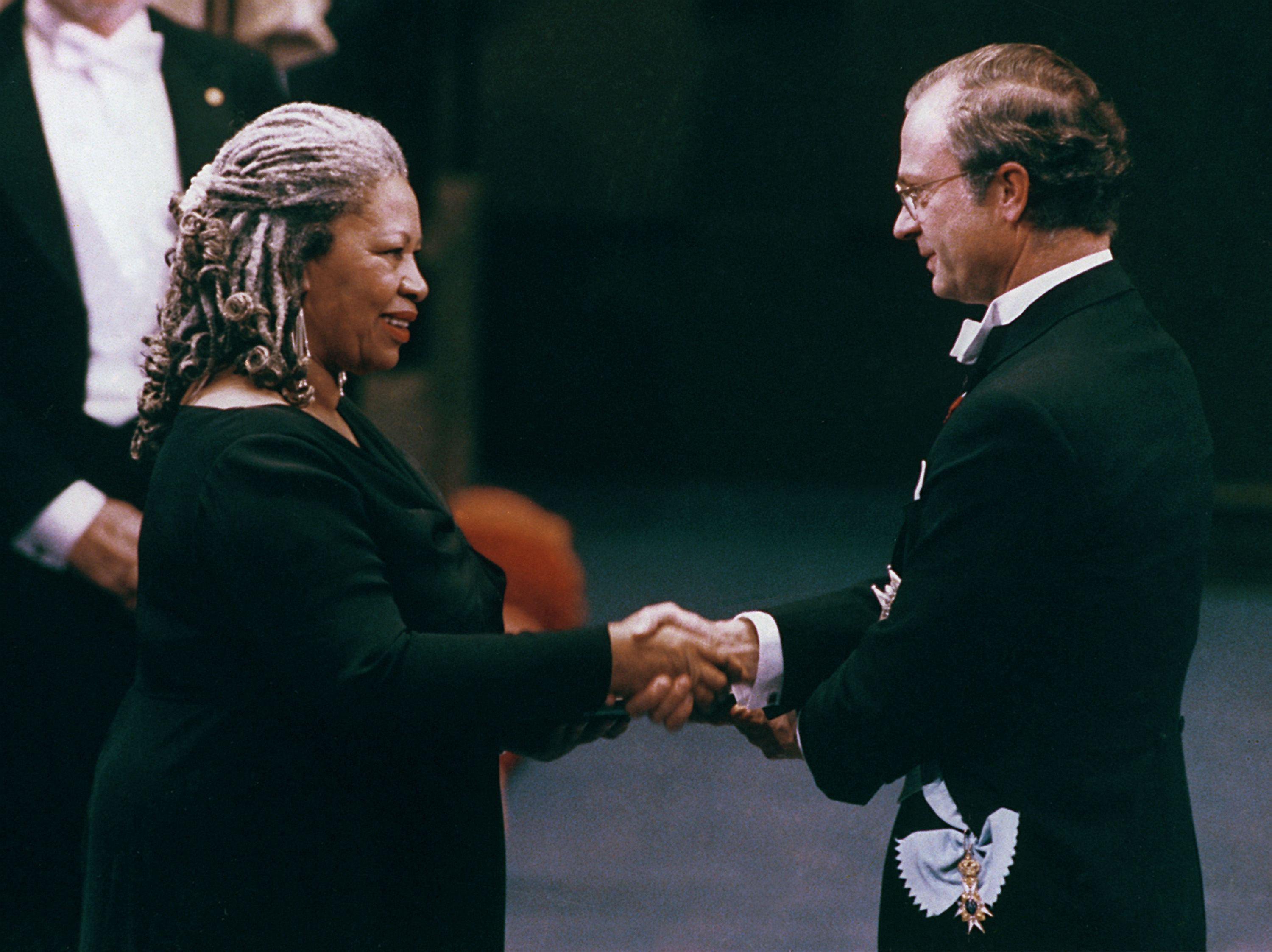 American writer Toni Morrison receives the Nobel Prize in literature from King Carl XVI Gustaf of Sweden, right, in the Concert Hall in Stockholm, Sweden, Friday, Dec. 10, 1993. Morrison, who was born in Lorain, Ohio in 1931 and teaches at Princeton University, N.J., is the first black woman to receive this prize. (AP Photo)