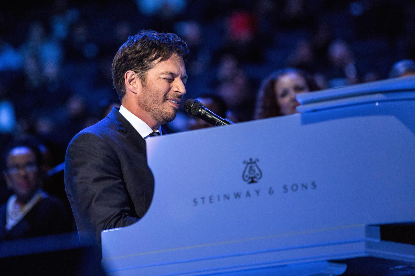Harry Connick Jr. performs prior to a Mass celebrated by Pope Francis at Madison Square Garden in New York City. (CNS photo/Andrew Burton, pool via EPA)
