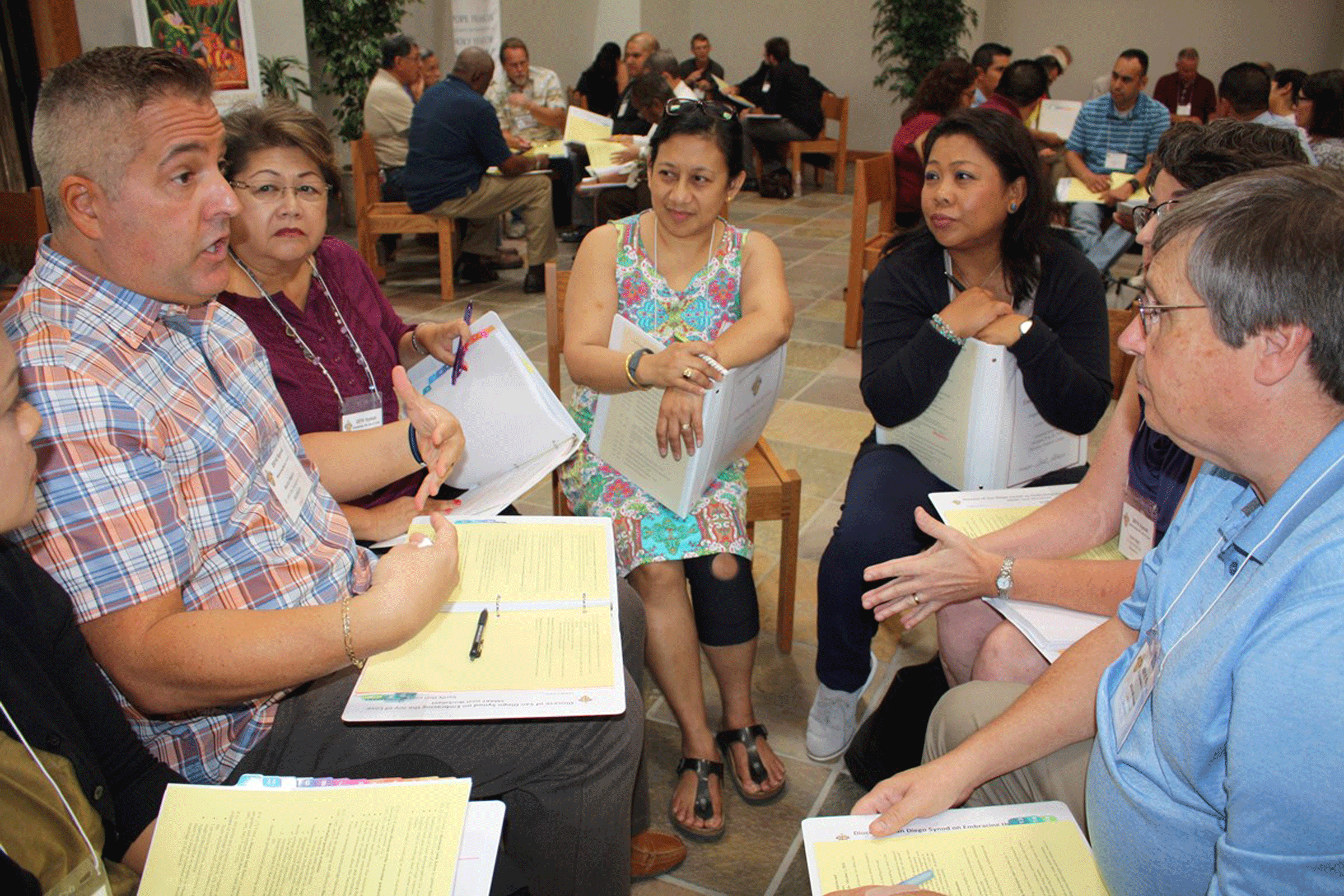 A small group meeting during the San Diego synod (photo: courtesy of Diocese of San Diego/Aida Bustos)