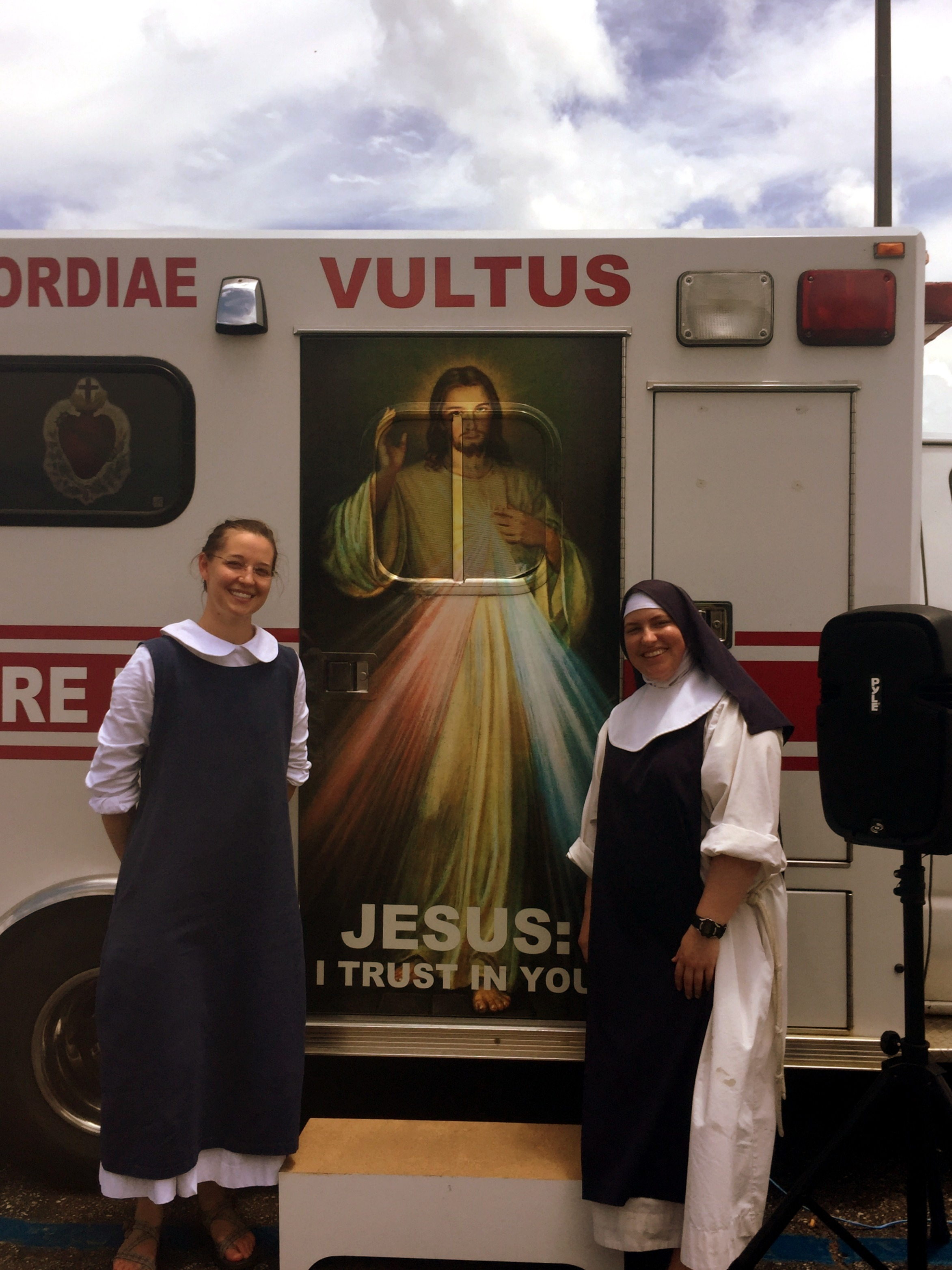 Sr. Francesca DuPre and Sr. Jeanne d'Arc are among the members of the Community of Jesus Christ Crucified who participate in the ministry of the Spiritual Care Unit.