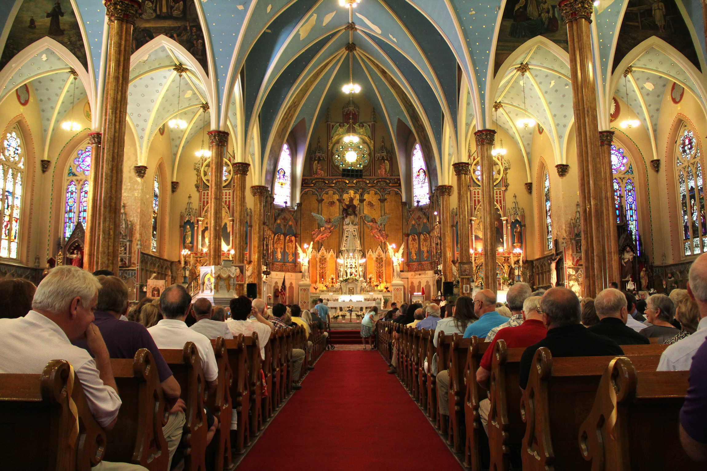 the catholic church mass Many non-catholics do not understand the mass television evangelist jimmy swaggart wrote, the roman catholic church teaches that the holy mass is an expiatory.