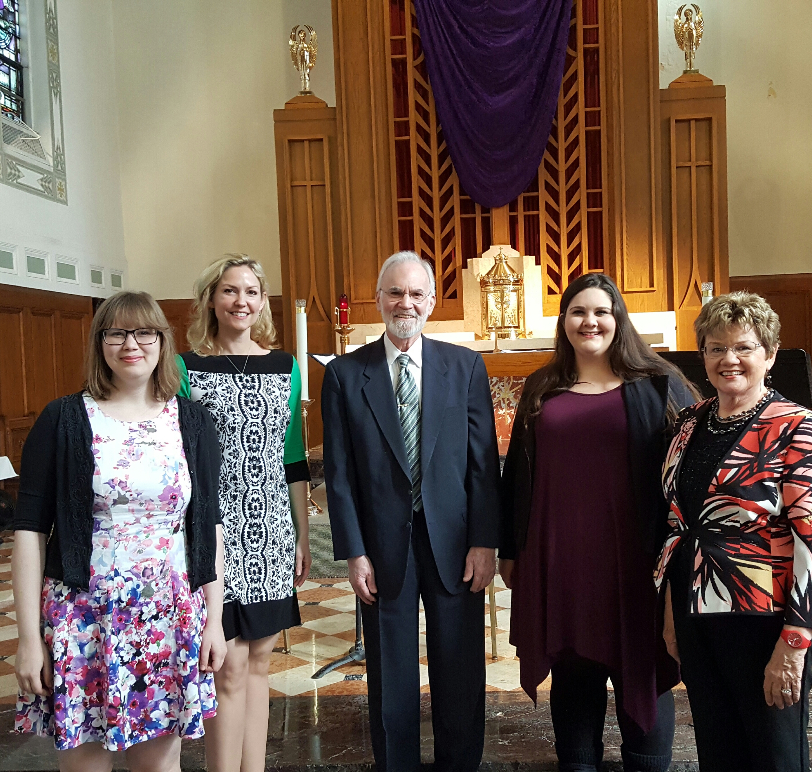 For one Chicago parish, Gregorian Chant resonates   America Magazine
