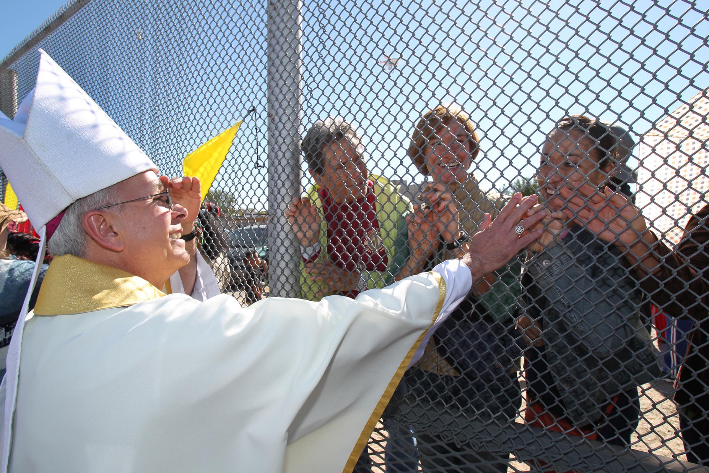El paso bishop stop deportations until immigration is for El paso america