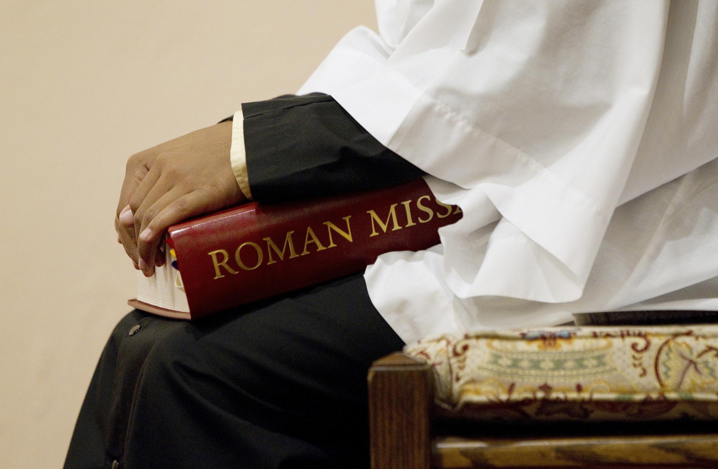 7 basic principles for biblical and liturgical translation | America