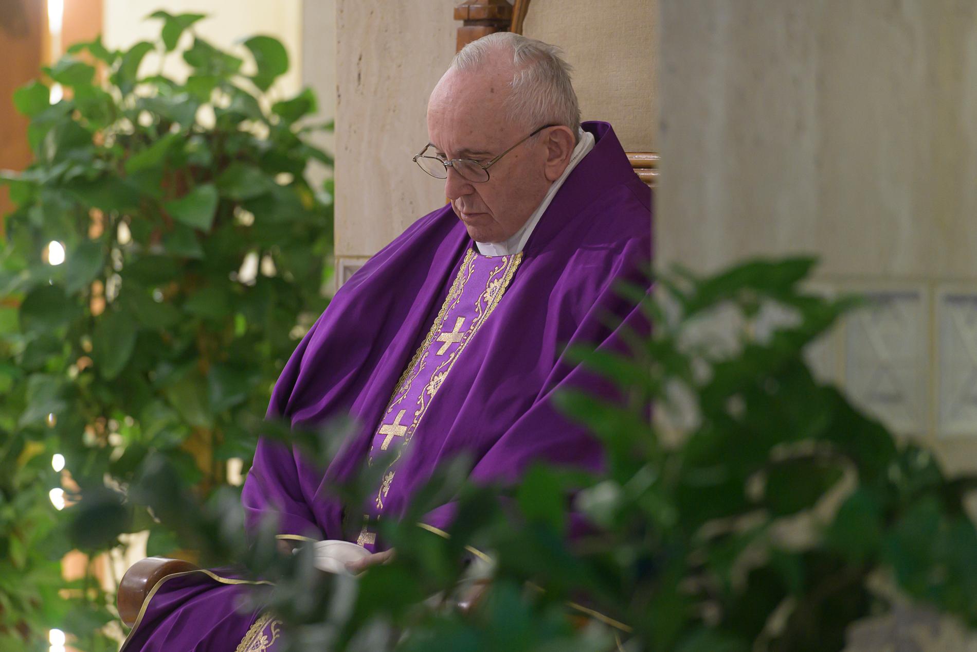 Read: Pope Francis's prayer to Mary during coronavirus pandemic ...