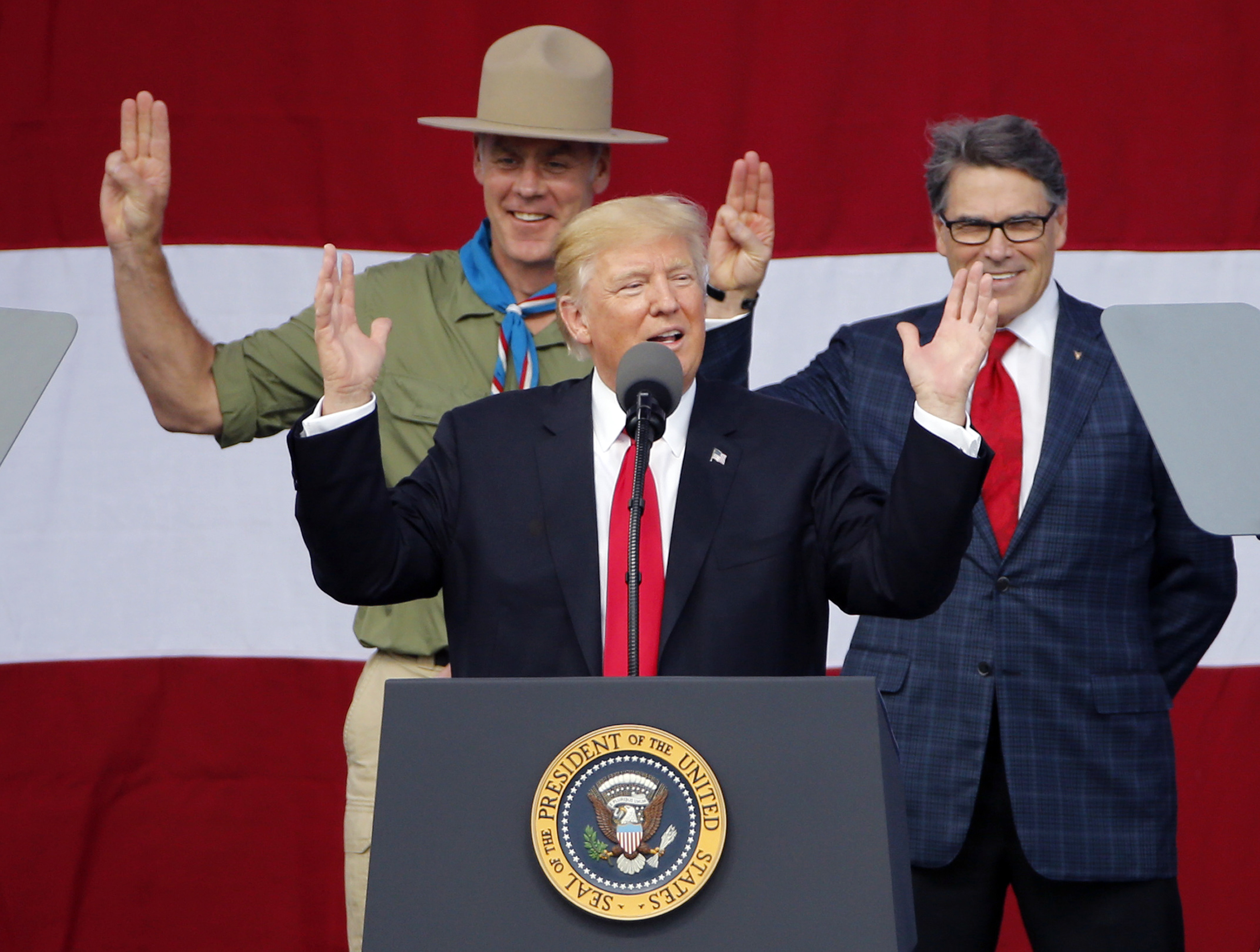 Trump holds Trump-style rally at Boy Scouts event