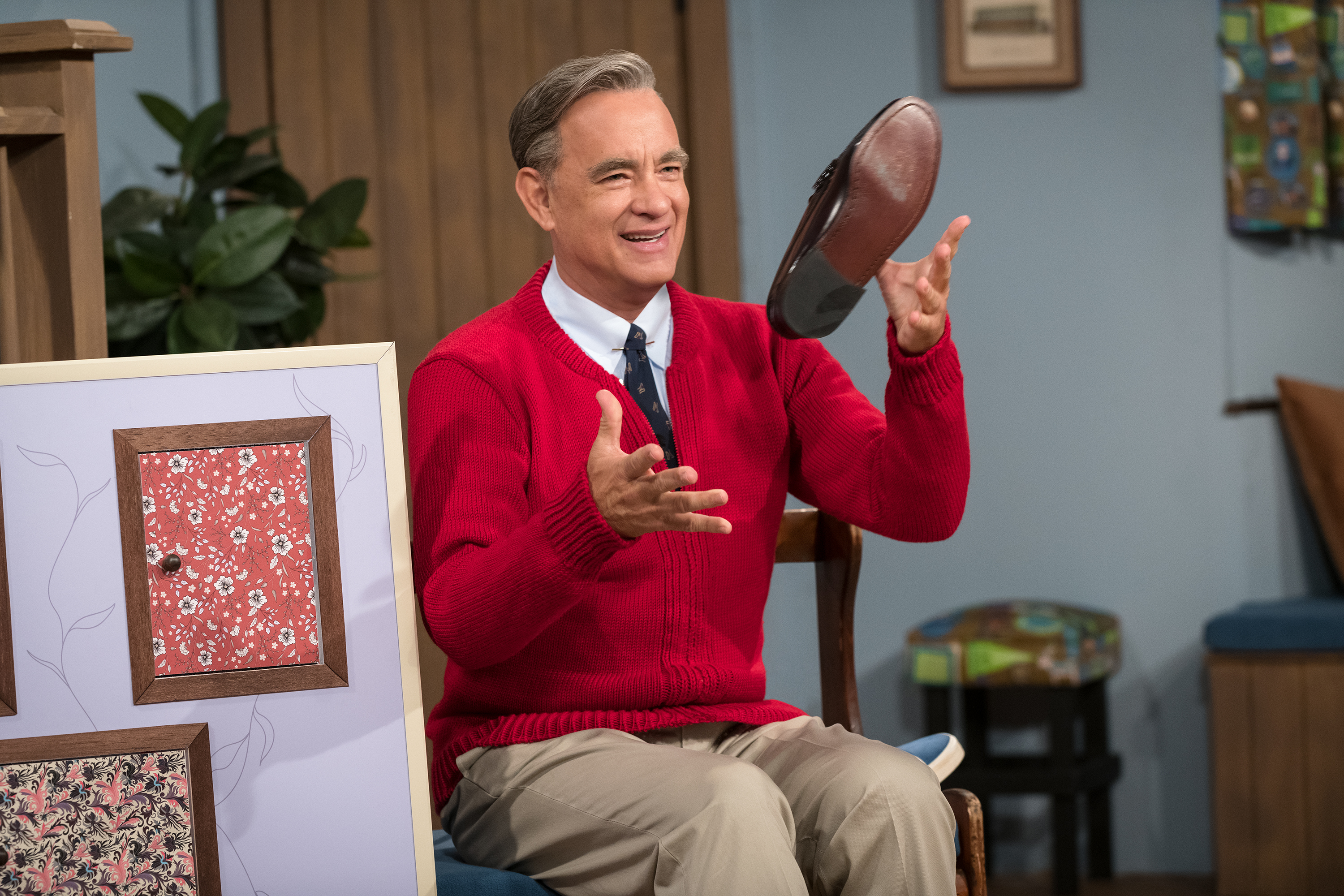Review A Beautiful Day In The Neighborhood Is Surprisingly Not About Mr Rogers America Magazine