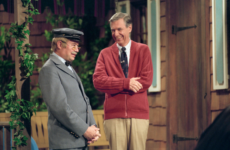 Review The Faith That Made Mr Rogers A Great Evangelist America Magazine