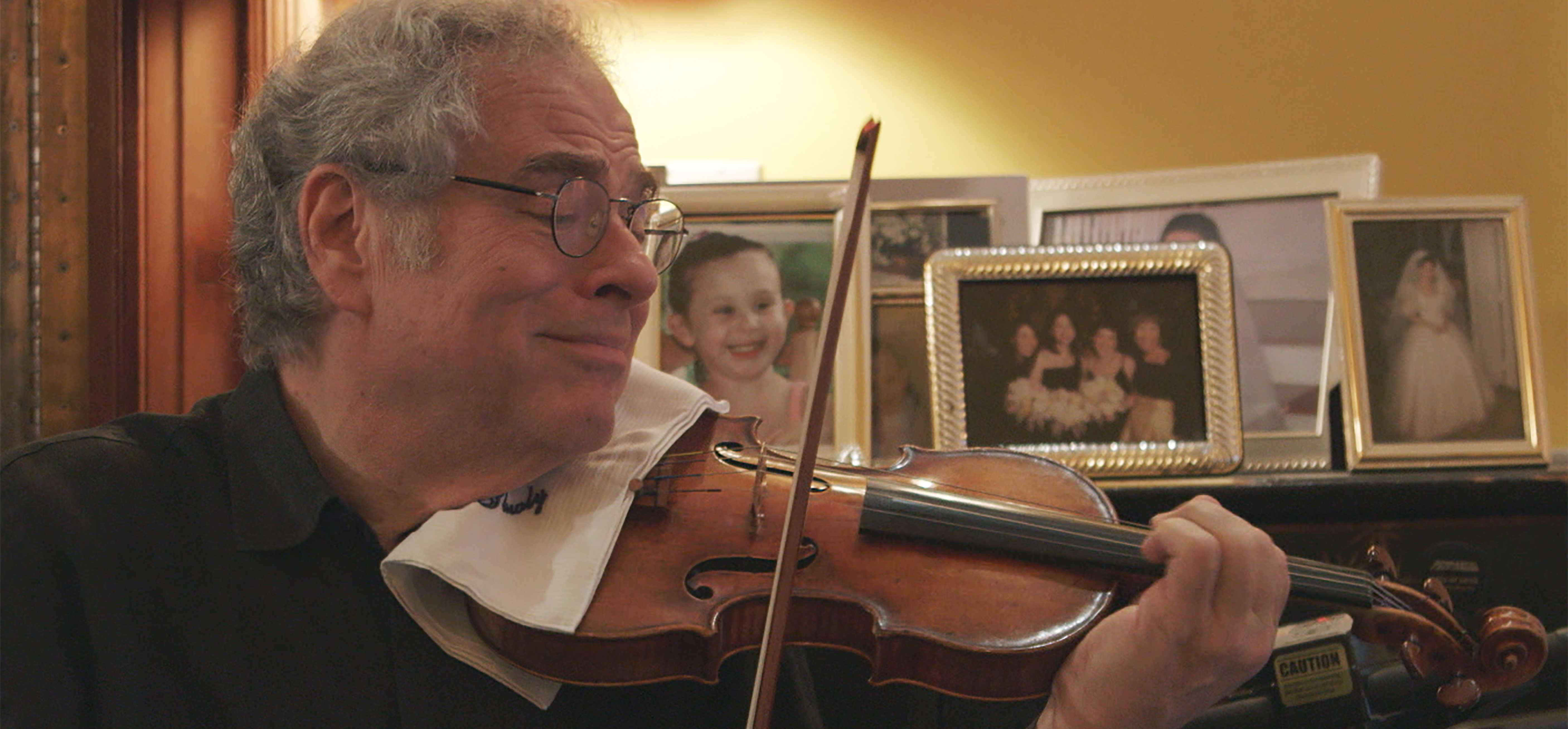 The humanity and artistry of Itzhak Perlman | America Magazine