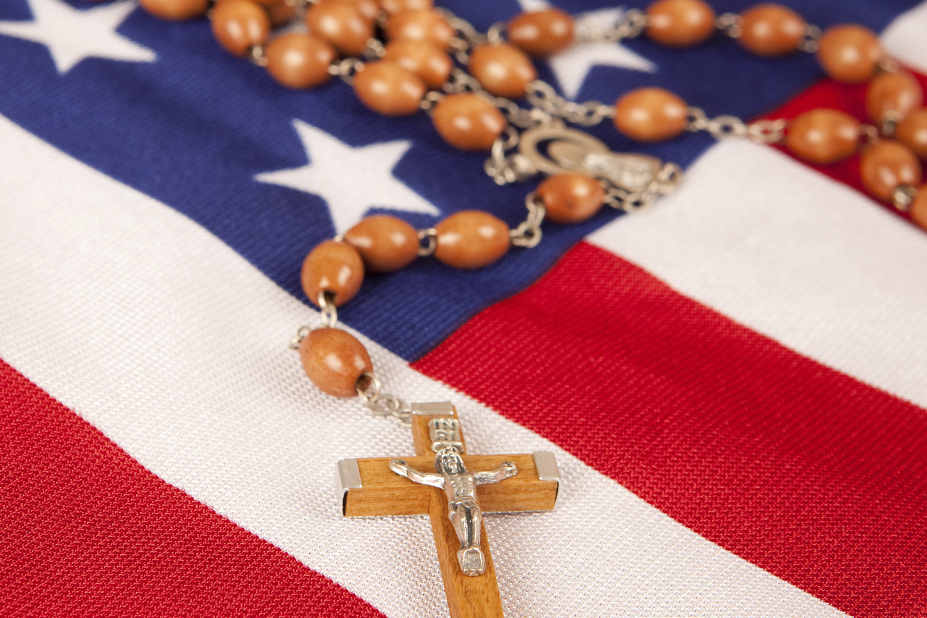 Father James Martin: Should we sing patriotic songs at Mass