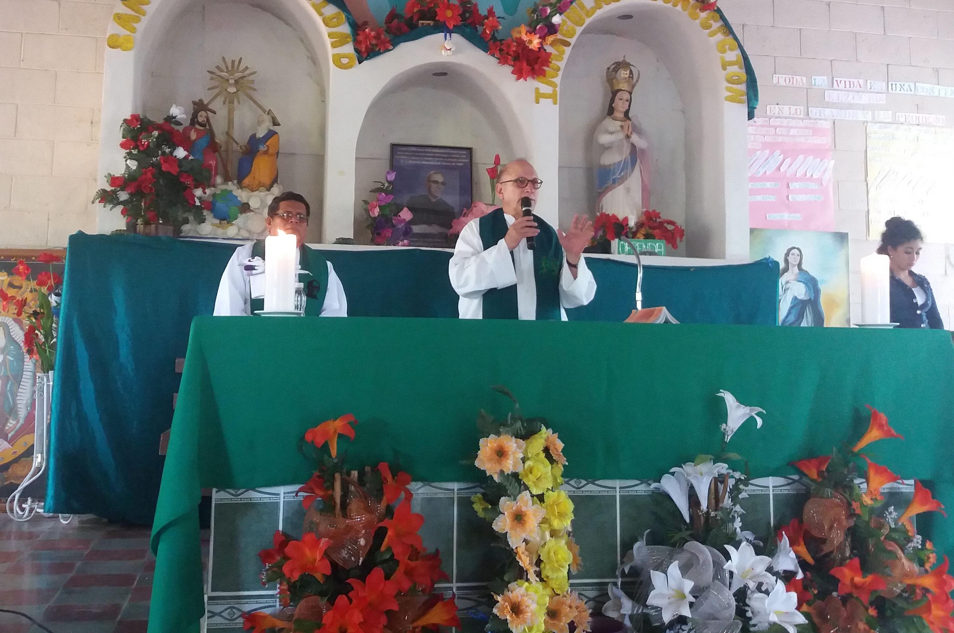 Jesuit missionary recalls Tim Kaine's mission work in
