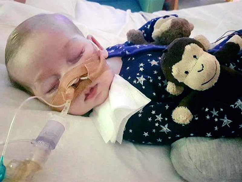 Terminally ill baby Charlie Gard dies in hospice