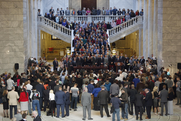 Utah lawmakers pass bill to protect gay rights and safeguard religious conscience