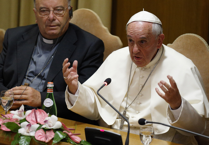 Pope Francis address workshop on climate change and human trafficking attended by mayors from around the world at Vatican