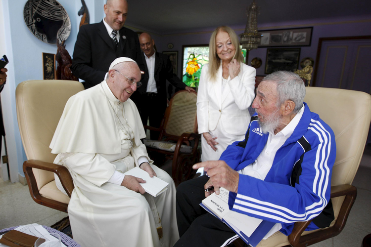The late former Cuban President Fidel Castro talks with Pope Francis as Castro's wife, Dalia Soto del Valle, looks on in Havana in September 2015. (CNS photo/Alex Castro, AIN handout via Reuters)