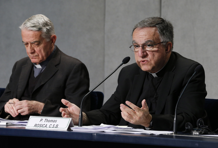 Father Thomas Rosica with Jesuit Father Federico Lombardi during the Synod of Bishops in Rome, October 2015. (CNS/Paul Haring)