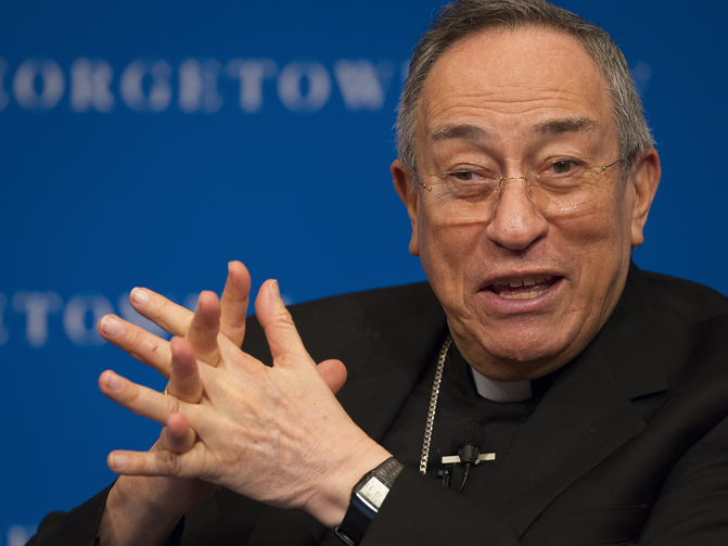 Cardinal Oscar Rodriguez Maradiaga of Tegucigalpa, Honduras, speaks about Pope Francis' environmental encyclical on the planet and the poor at Georgetown University Law Center in Washington Nov. 2. (CNS photo/Tyler Orsburn)
