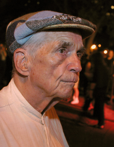 Jesuit Father Daniel Berrigan, an early critic of U.S. military intervention in Vietnam who for years challenged the country's reliance on military might, died April 30 at 94. He is pictured in a 2002 photo in New York. (CNS photo/Bob Roller)
