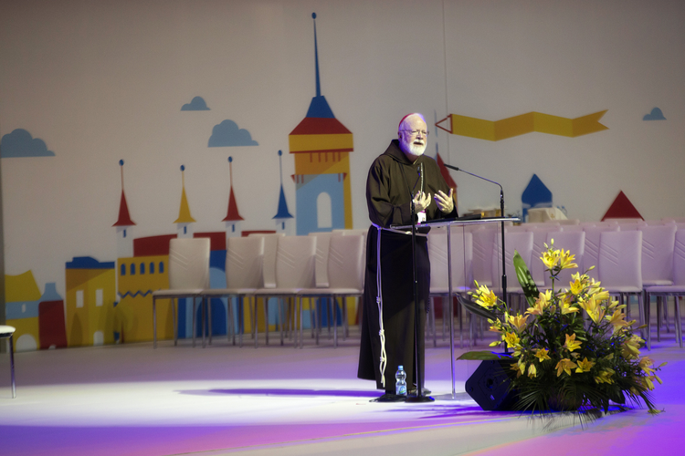 Cardinal Sean P. O'Malley, seen here addressing a crowd in Poland during World Youth Day, expressed concern about Donald Trump's fiery rhetoric (CNS photo/Jaclyn Lippelmann, Catholic Standard)