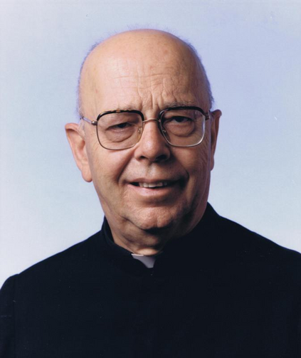 Father Gabriele Amorth, exorcist for the Diocese of Rome, died Sept. 16 at age 91. He is pictured in an undated photo. (CNS photo/courtesy Gruppo Editoriale San Paolo)