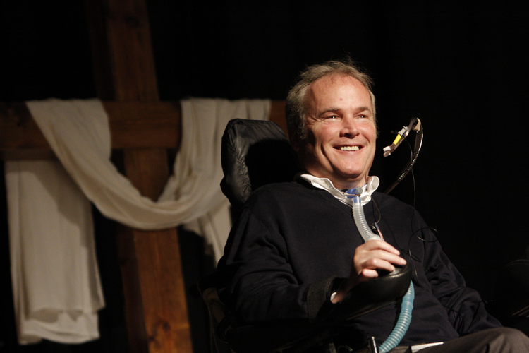 Detective Steven McDonald of the New York Police Department, who was shot and paralyzed in the line of duty in 1986, pictured in 2009 (CNS photo/Gregory A. Shemitz, Long Island Catholic).