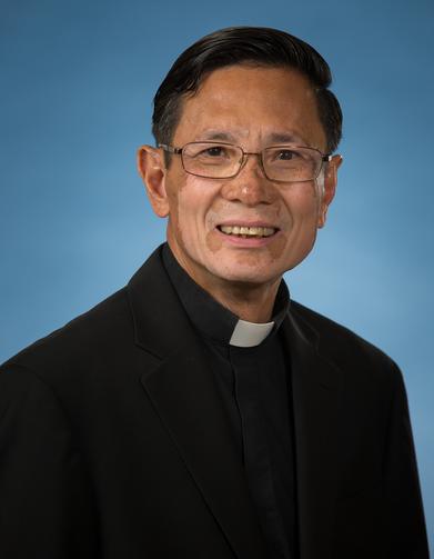 Obispo Thanh Thai Nguyen se ve en esta foto sin fecha.  Ingresó al país como un joven refugiado de Vietnam en 1973. (foto del SNC / cortesía de la Diócesis de San Agustín)