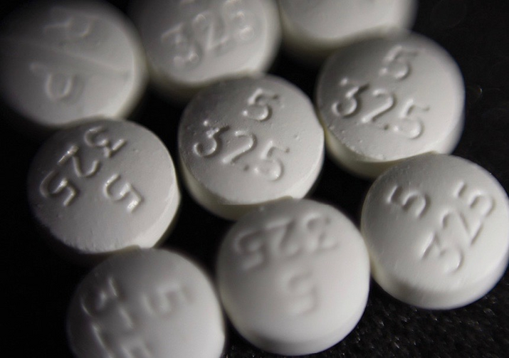 Pills of the opioid oxycodone-acetaminophen, also known as Percocet. (AP Photo/Patrick Sison)