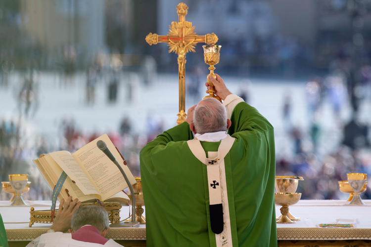 What one man's honest, uncensored response to the Eucharist taught me about faith