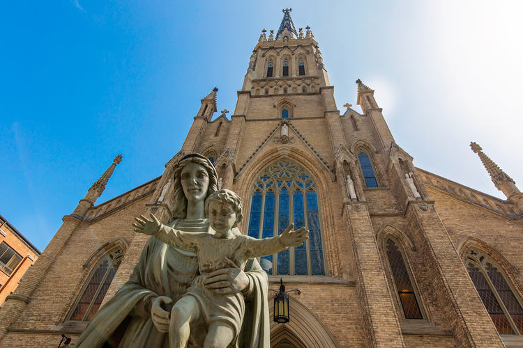 St. Michael Cathedral Basilica in downtown Toronto (iStock)