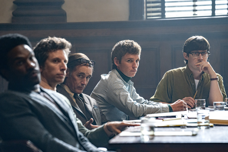 Abdul-mateen II As Bobby Seale, Ben Shenkman as Leonard Weinglass, Mark Rylance as William Kuntsler, Eddie Redmayne as Tom Hayden, and Alex Sharp as Rennie Davis in 'The Trial of the Chicago 7' (photo: Nico Tavernise/Netflix).
