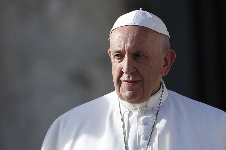 In an editorial published April 17, 2020, by the Spanish magazine Vida Nueva, Pope Francis said Christians are called to be joyful witnesses to Christ's victory over death during the coronavirus pandemic. (CNS file photo/Paul Haring)