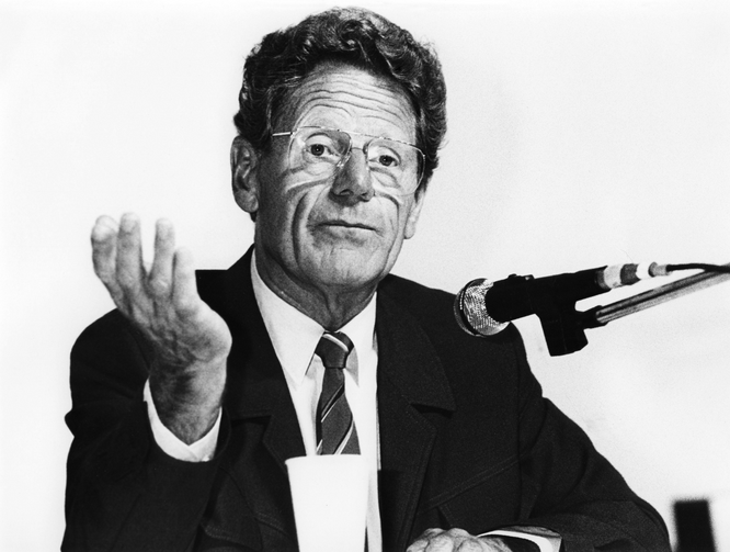 Hans Küng at the German Protestant Church Congress, Duesseldorf, Germany, Sept. 6, 1985 (INTERFOTO / Alamy Stock Photo)
