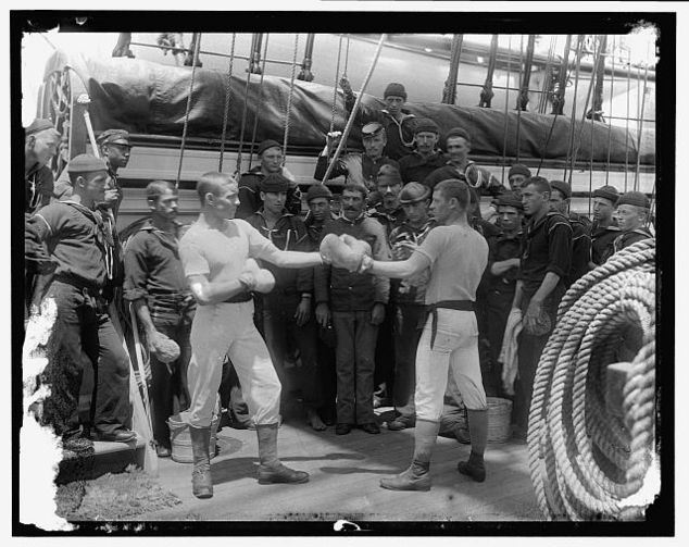 An informal boxing match sometime between 1890 and 1910 (Detroit Publishing Co., P., retrieved from the Library of Congress)