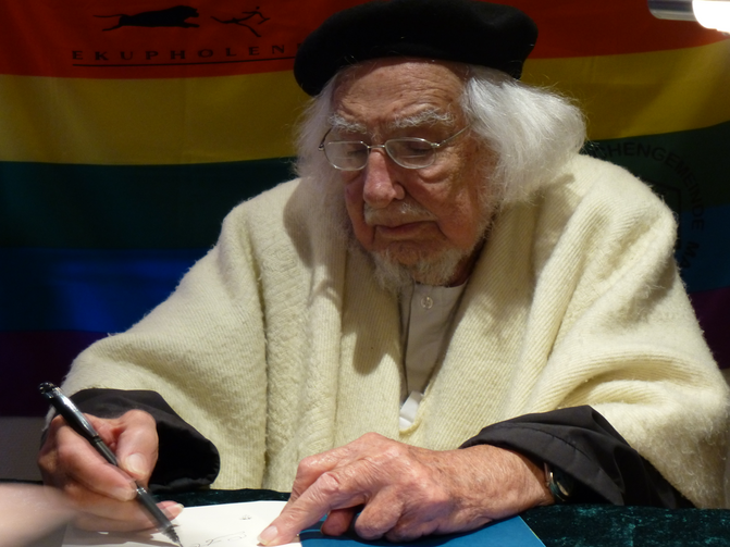 Ernesto Cardenal in Germany in 2014. Photo courtesy of Rs-foto and wikimedia.org.