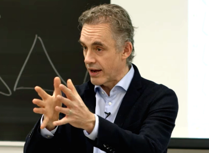Jordan Peterson delivering a lecture at the University of Toronto in 2017. Photo by Adam Jacobs (Wikimedia).