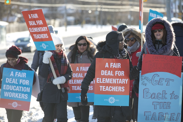 Elementary Teachers' Federation of Ontario members working in the Ottawa-Carleton, Toronto, Toronto Catholic and York Region District School Boards take part in a one-day full withdrawal of services strike on Jan. 20. Photo courtesy of E.T.F.O.-Ontario.