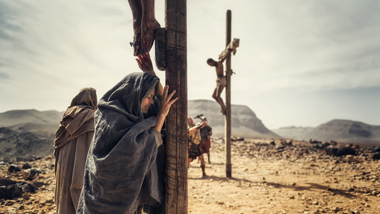 "A TOUGH STORY TO TELL. Greta Scacchi, as Mary, in a scene from the 12-part NBC series, ""A.D. The Bible Continues"" (CNS photo/NBC)."