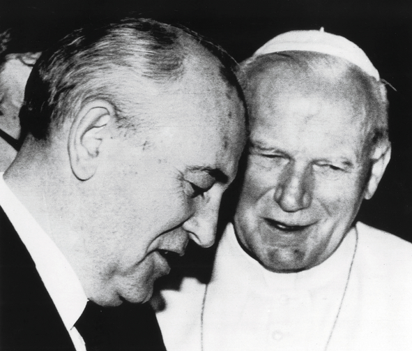 VOICES FOR FREEDOM. Pope John Paul II talks with Russian President Mikhail Gorbachev during a historic 1989 meeting at the Vatican. The two expressed broad agreement on the need for greater religious freedom in the Soviet Union.