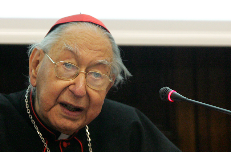 "Cardinal Georges Cottier. O.P., speaks in Rome in March 2009 at an international conference marking the 150th anniversary of the publication of Charles Darwin's ""Origin of Species."""