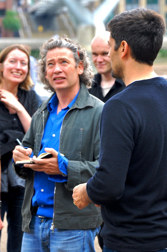 Actor/director Dexter Fletcher signs autographs in London on July 11, 2009 (WikiCommons)