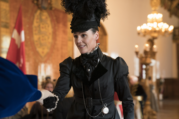 Striding vigorously across her family estate in top hat and black suit, Anne Lister (Suranne Jones) cuts a striking, even heroic figure. (Photo: HBO).