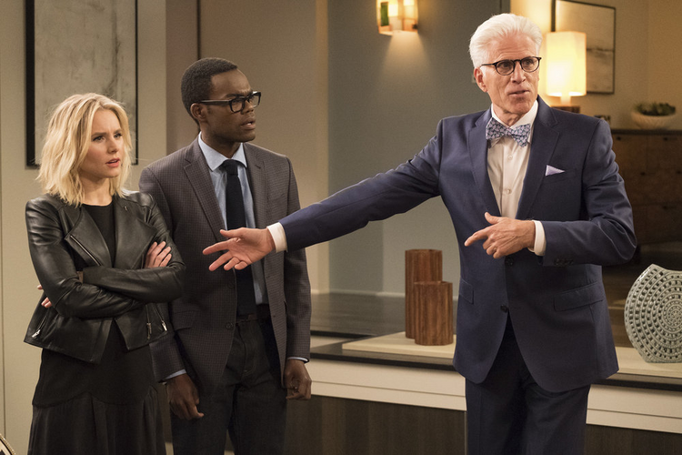 Ted Danson plays an avuncular demon in 'The Good Place' (photo: NBC).
