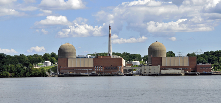 Indian Point Nuclear Power Plant on the Hudson River (Wikicommons).