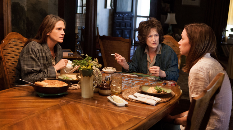 "UNHAPPY FAMILY: Julia Roberts, Meryl Streep and Julianne Nicholson in ""August: Osage County"""