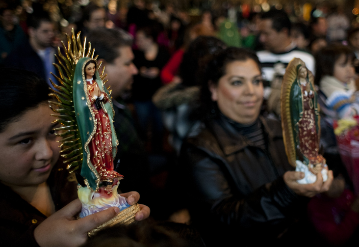 Blessing statues of Our Lady of Guadalupe in Nashville