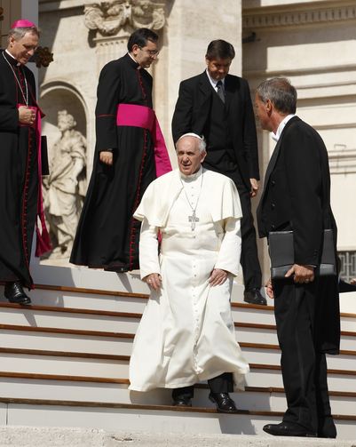 Pope prepares to greet guests during general audience in St. Peter's Square, Sept. 25 (CNS Photo / Paul Haring)