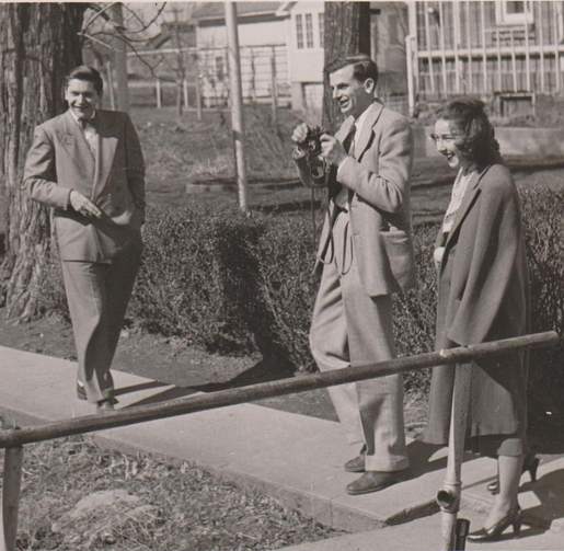 Robie Macauley with Arthur Koestler and Flannery O'Connor at Amana Colonies in Iowa, 9 Oct 1947. (Cmacauley photo/English Wikipedia)