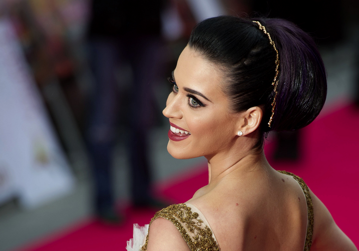 Pop star Katy Perry offered $10 million cash up front for the old Los Angeles convent.