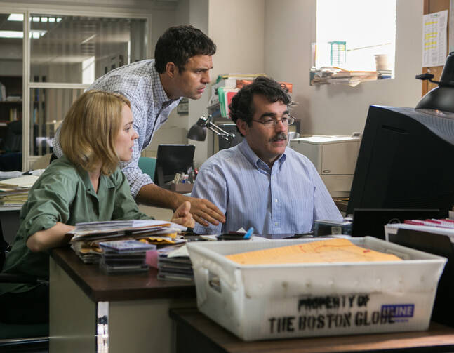 Rachel McAdams, Mark Ruffalo and Brian d'Arcy James in 'Spotlight'